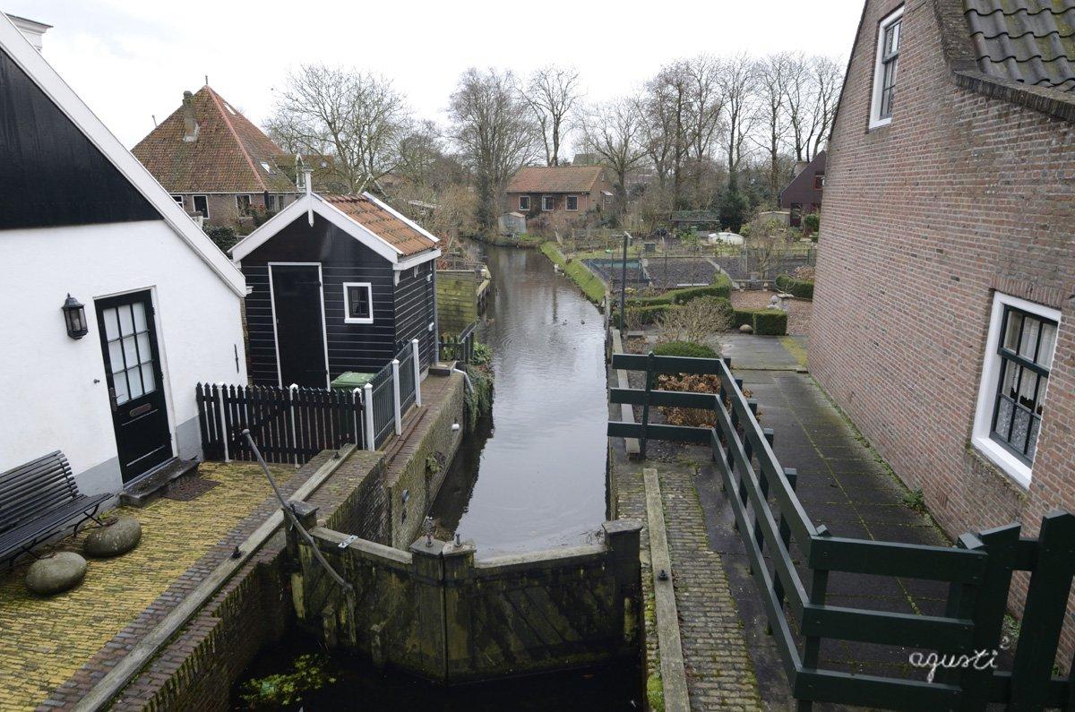 Edam - canals + horts