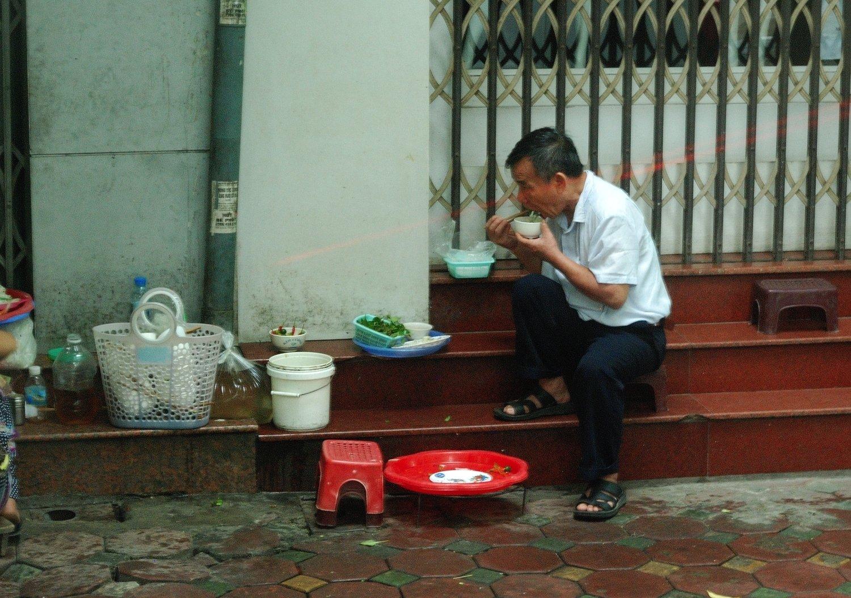 mini bar - Hanoi